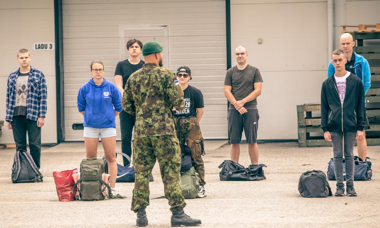 9.–21. juulini alustas kaitseressursside ameti kutsel ajateenistust ligi 2000 noort, peale kutsealuste ka 49 naist. Foto: AIGAR NAGEL