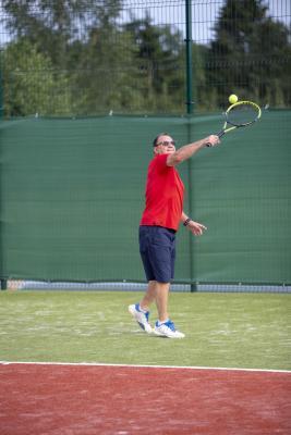 -Rouge-Tennise-avamine-65