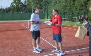 -Rouge-Tennise-avamine-26