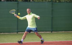 -Rouge-Tennise-avamine-35