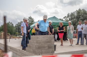Voru-tervisekeskuse-nurgakivi-panek-47