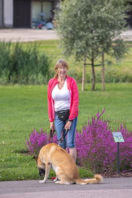 Vrumaa-koeraomanikud-kogusid-taas-toetust-varjupaigas-peatuvatele-loomadele-26