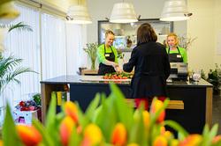 a41662425c5 Maksimarketi uus lillepood on avatud kuni kella 22